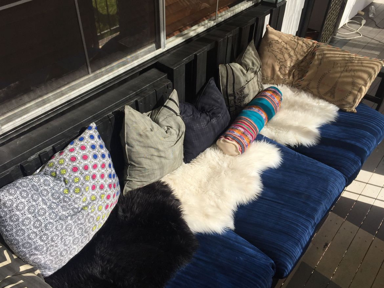 Plush Pallet Sofa