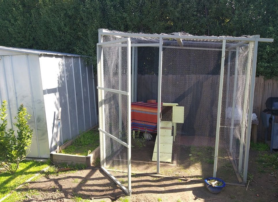 DIY tall rabbit hutch