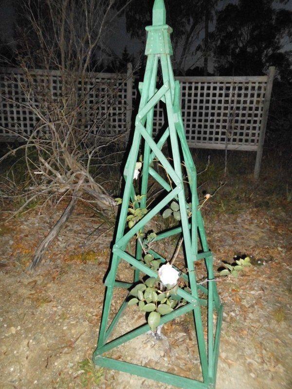obelisk-in-situ.jpg