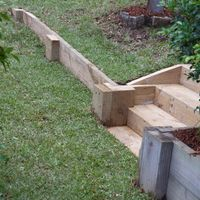 10.4 Side view of steps and wall.jpg