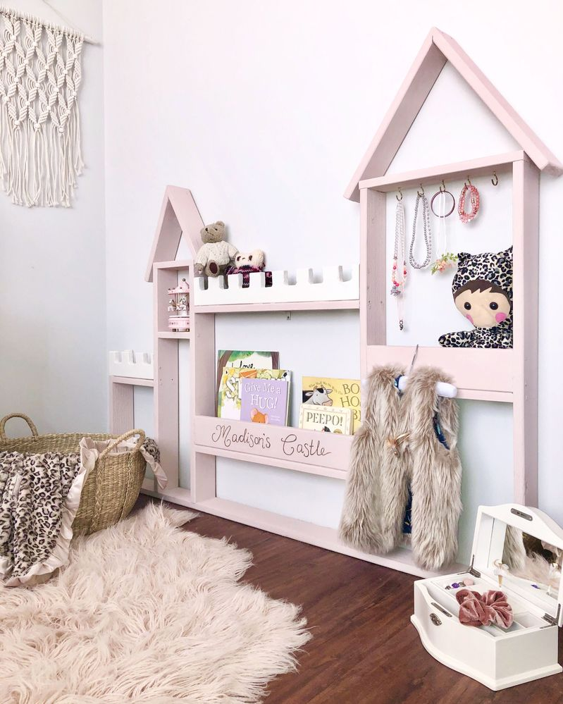 Castle bookshelf, all materials from Bunnings!