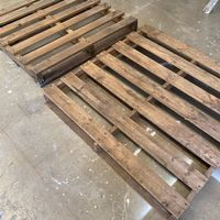 Step 1 - Find suitable pallets.JPG