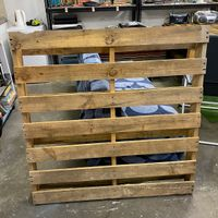 1.1 Use a pallet as the base.jpg