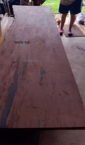 Slab for vanity top close to sealing