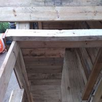 15.1 Cut and fix roof beam in position..jpg