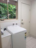 current sink and washing machine