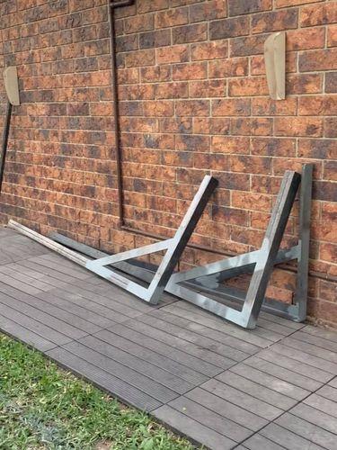 The steel brackets.