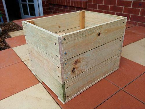 Temporary moving tool box