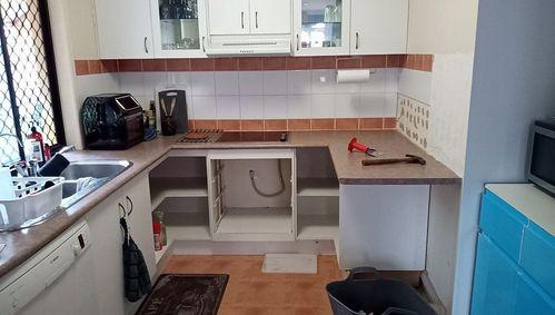 01 Kitchen B.jpg