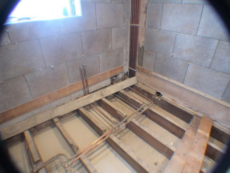Tiling going in.jpg