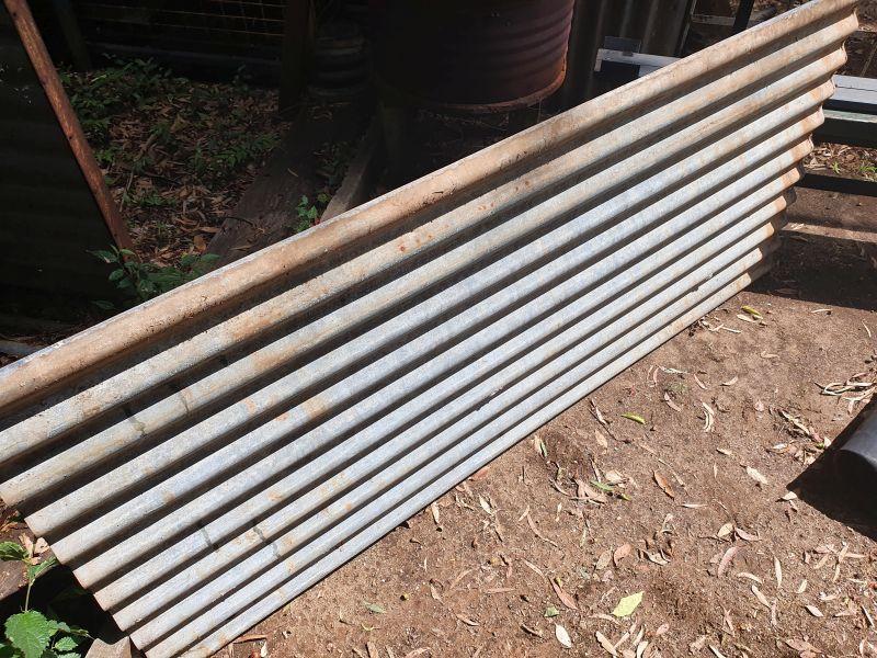 Looks like a normal corrugated iron sheet