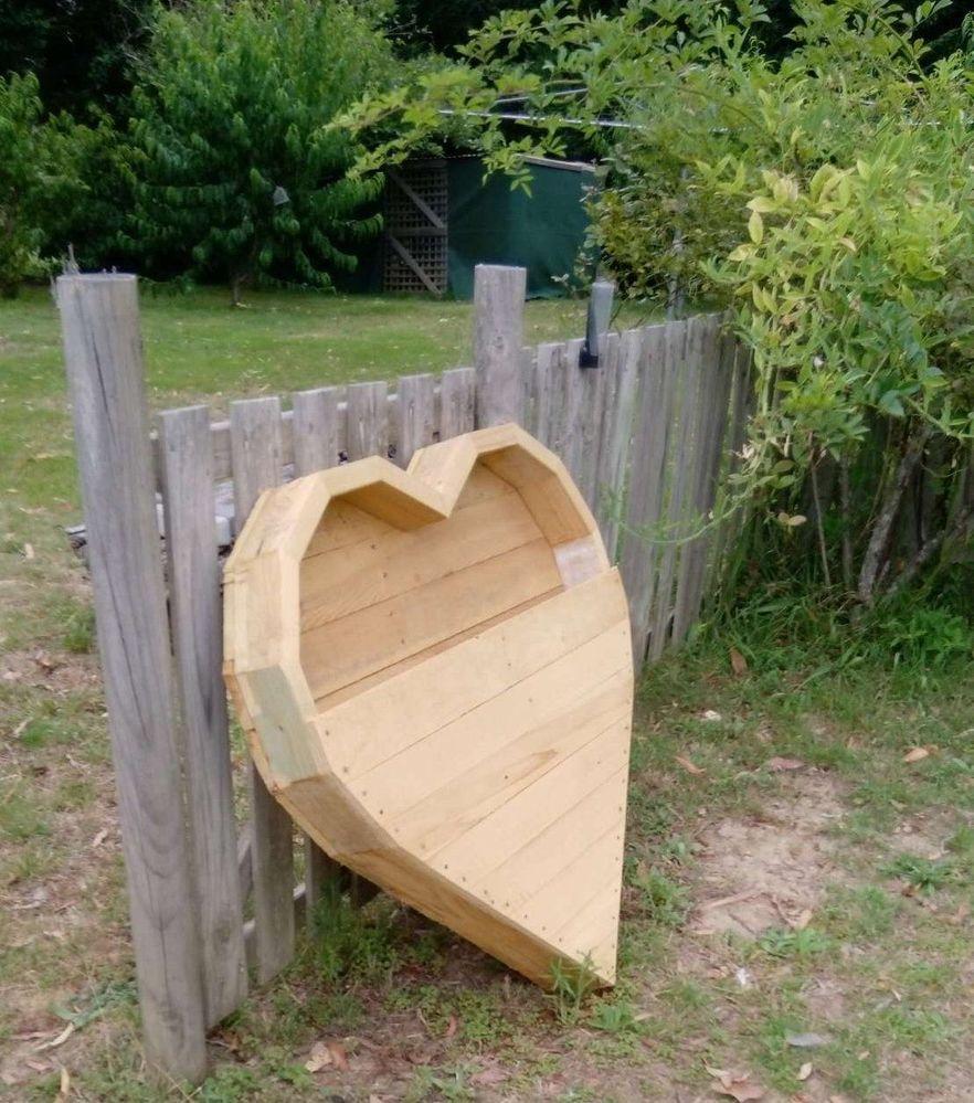 heart planter 3.JPEG