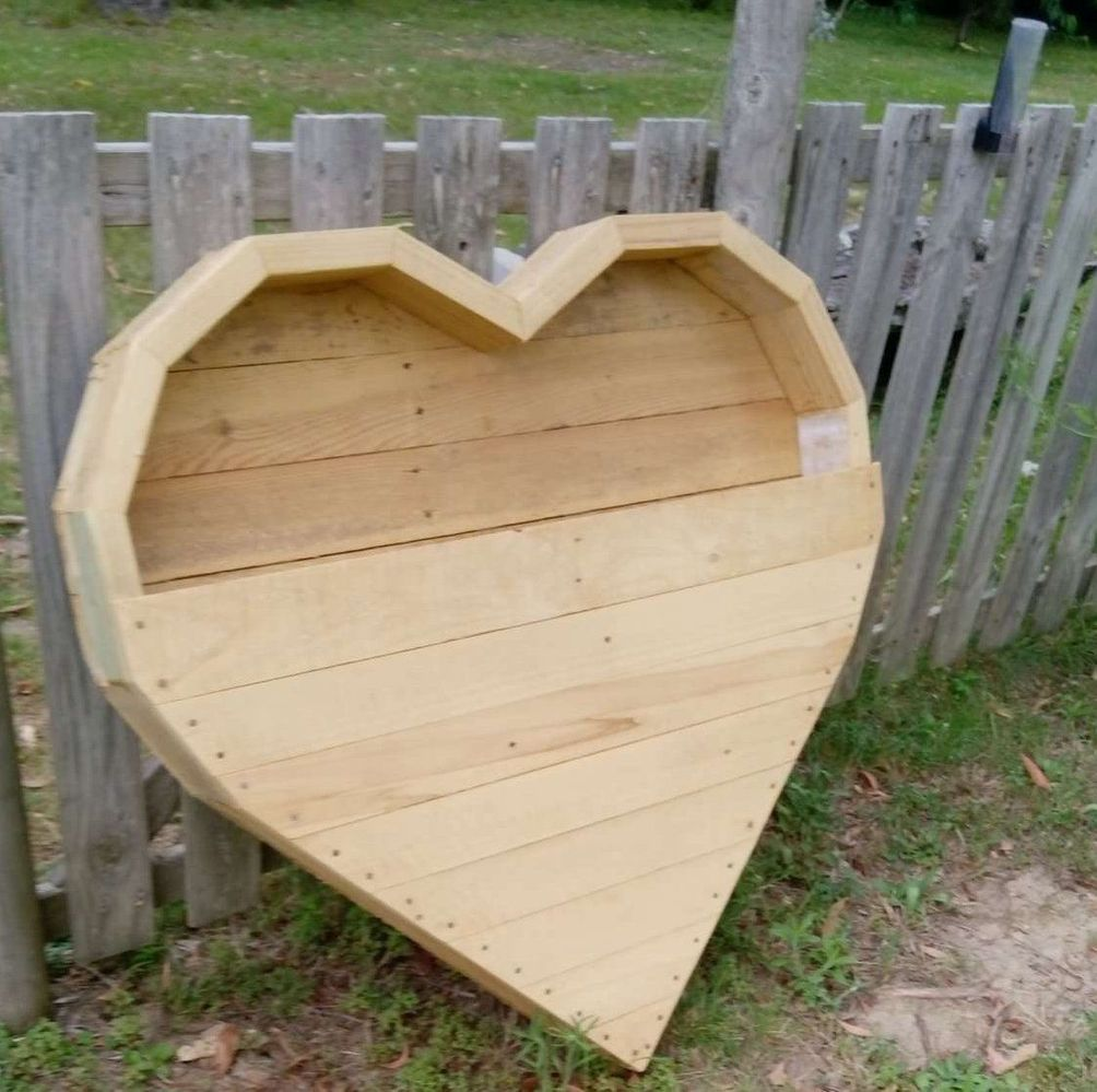 heart planter 1.JPEG