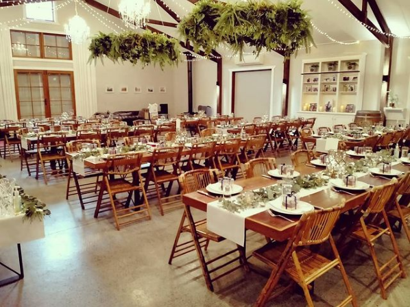 "Screenshot_2021-03-12 Eric Lara on Instagram ""Cowbell Creek #reception #dinner #weddingstyle #cowbellcreek #service #wedding"".png"