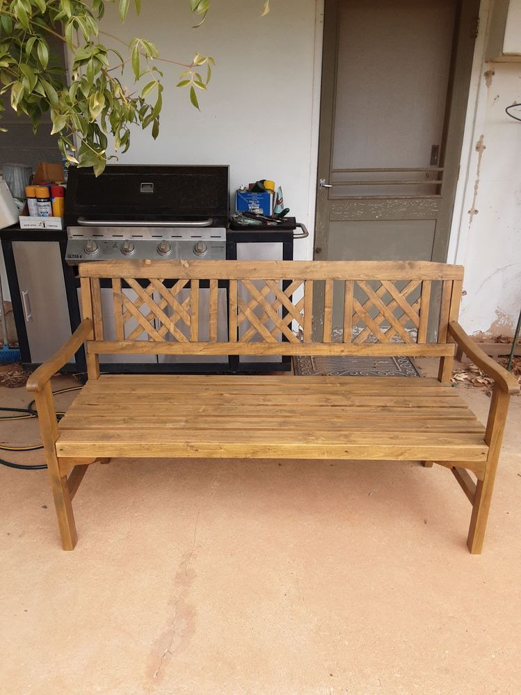 Garden seat is new and stable