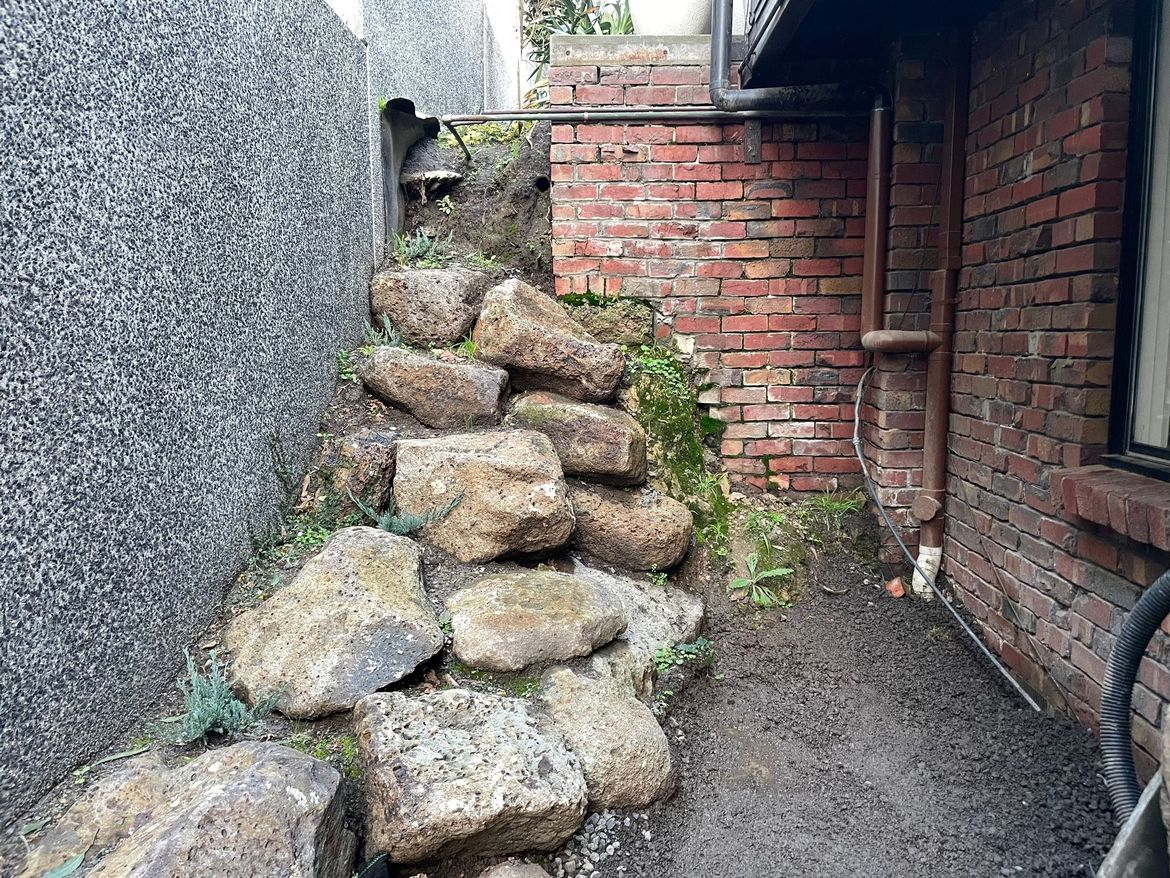 Boulders and problem area on right