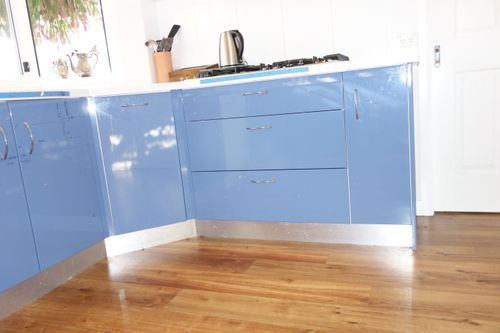 Those 3 large drawers become 6.....