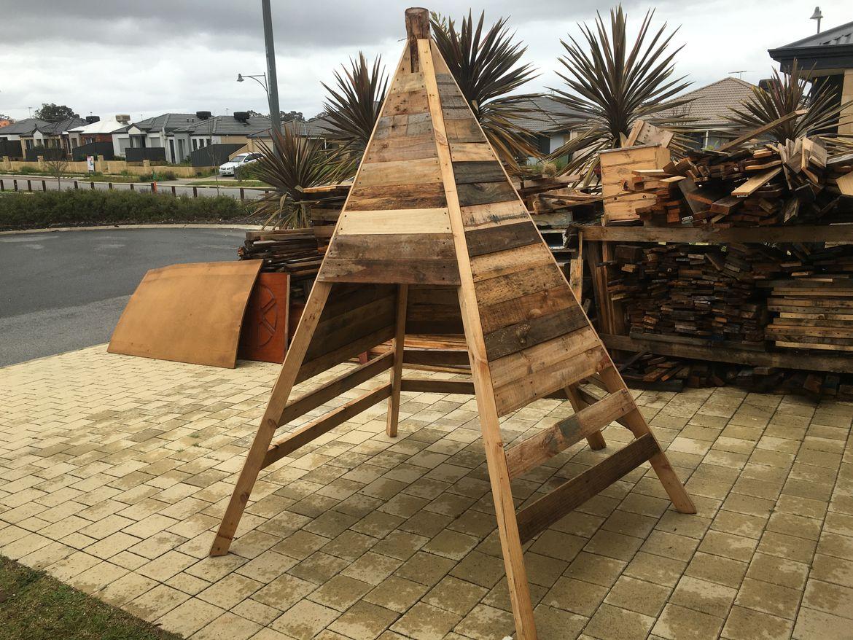 ICustom built Teepee's