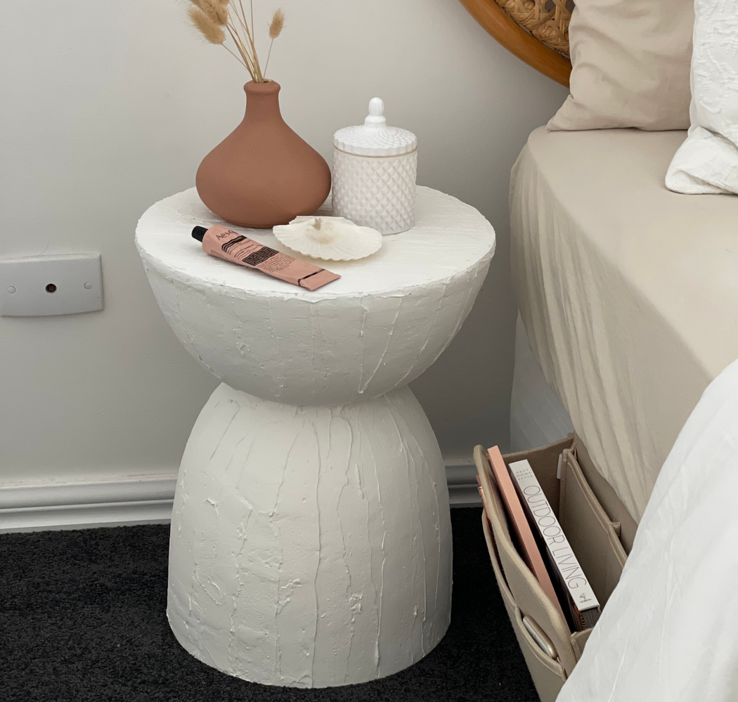 hourglass side table.png