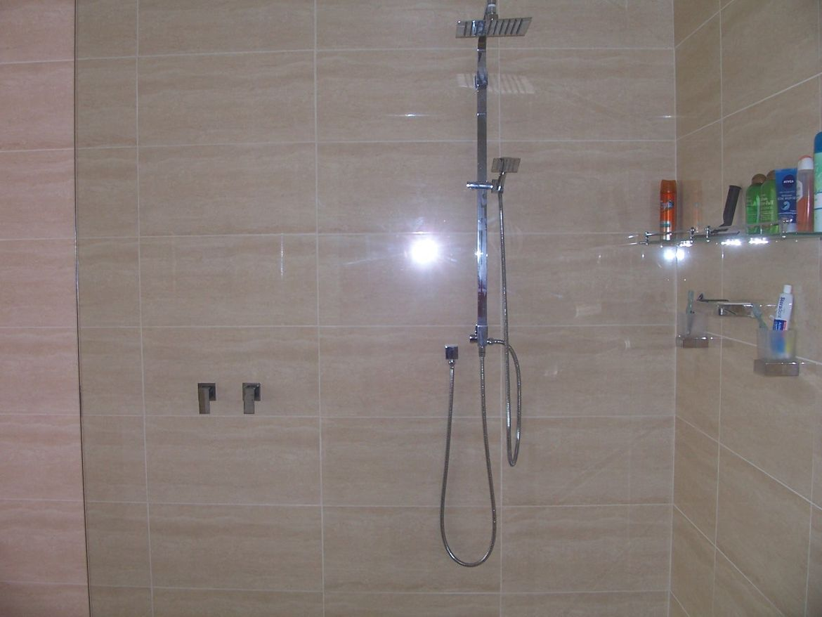 Main Shower.JPG