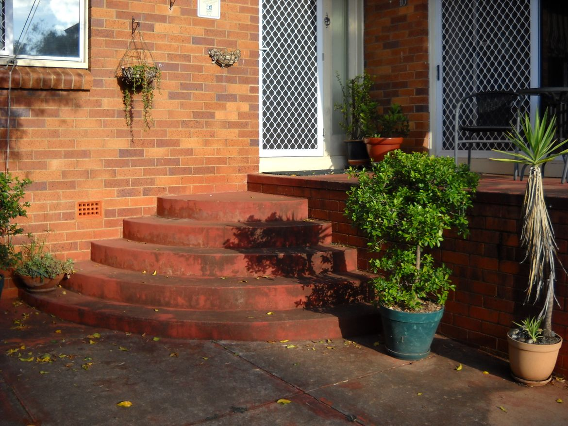Semi-circular steps to front door