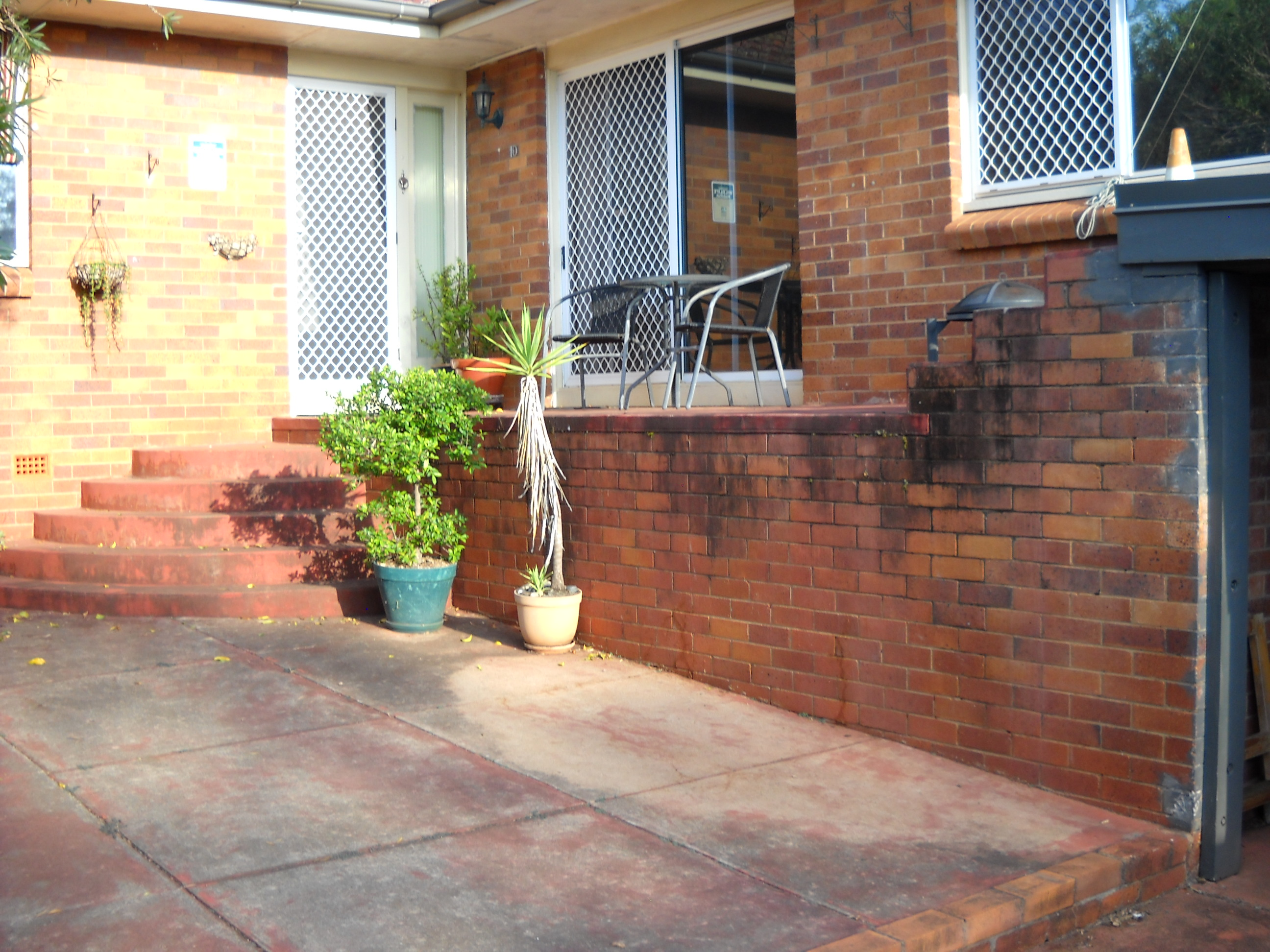 Solved: Ideas for fencing a front verandah | Bunnings ...