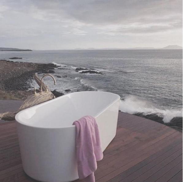outdoorbath.png