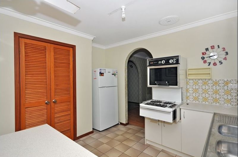 Kitchen, Fridge, Pantry