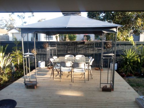 looking from al fresco to the side deck with gazebo