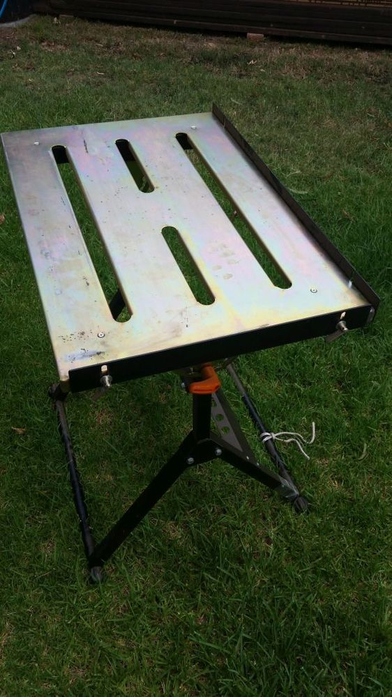 Small welding table