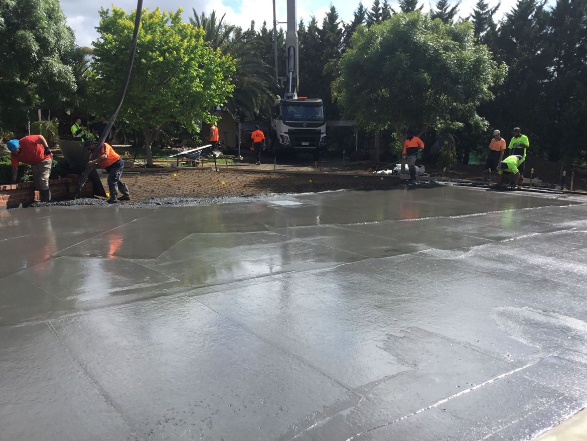 Pouring 60 m of Paving in front of the man cave