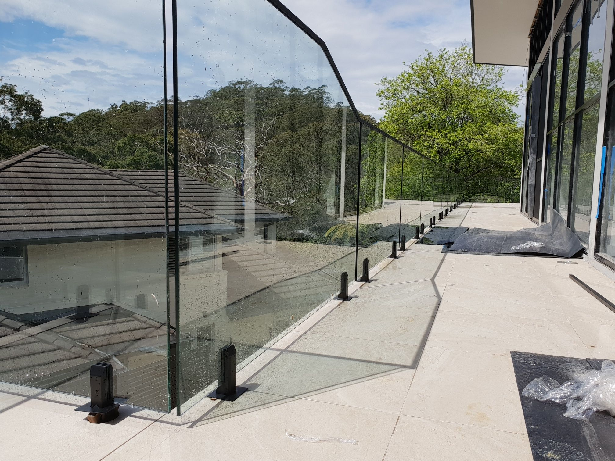 How To Install A Balcony Glass Balustr Bunnings Workshop Community