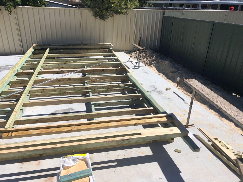 Constructing frames