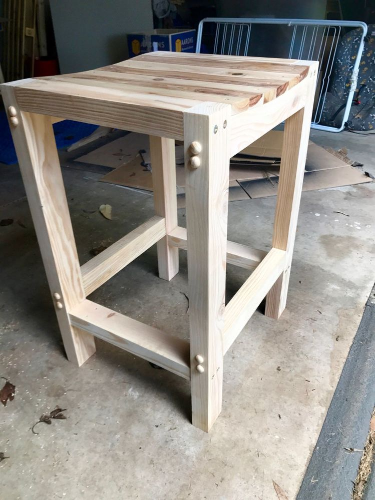 4th project - Bar stool