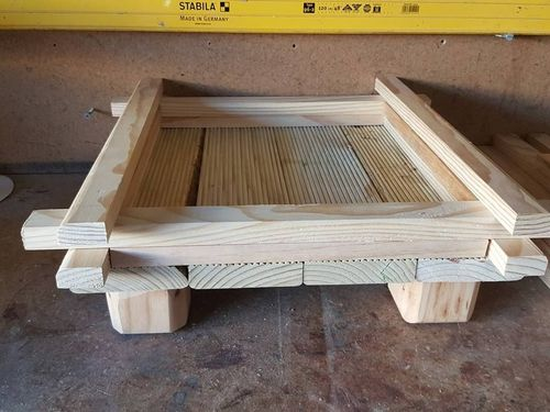 wooden planter (7).jpg