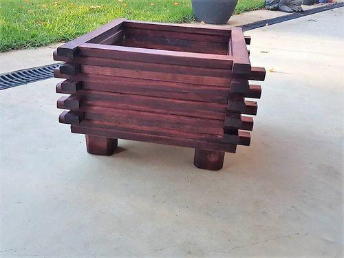 wooden planter (2).jpg