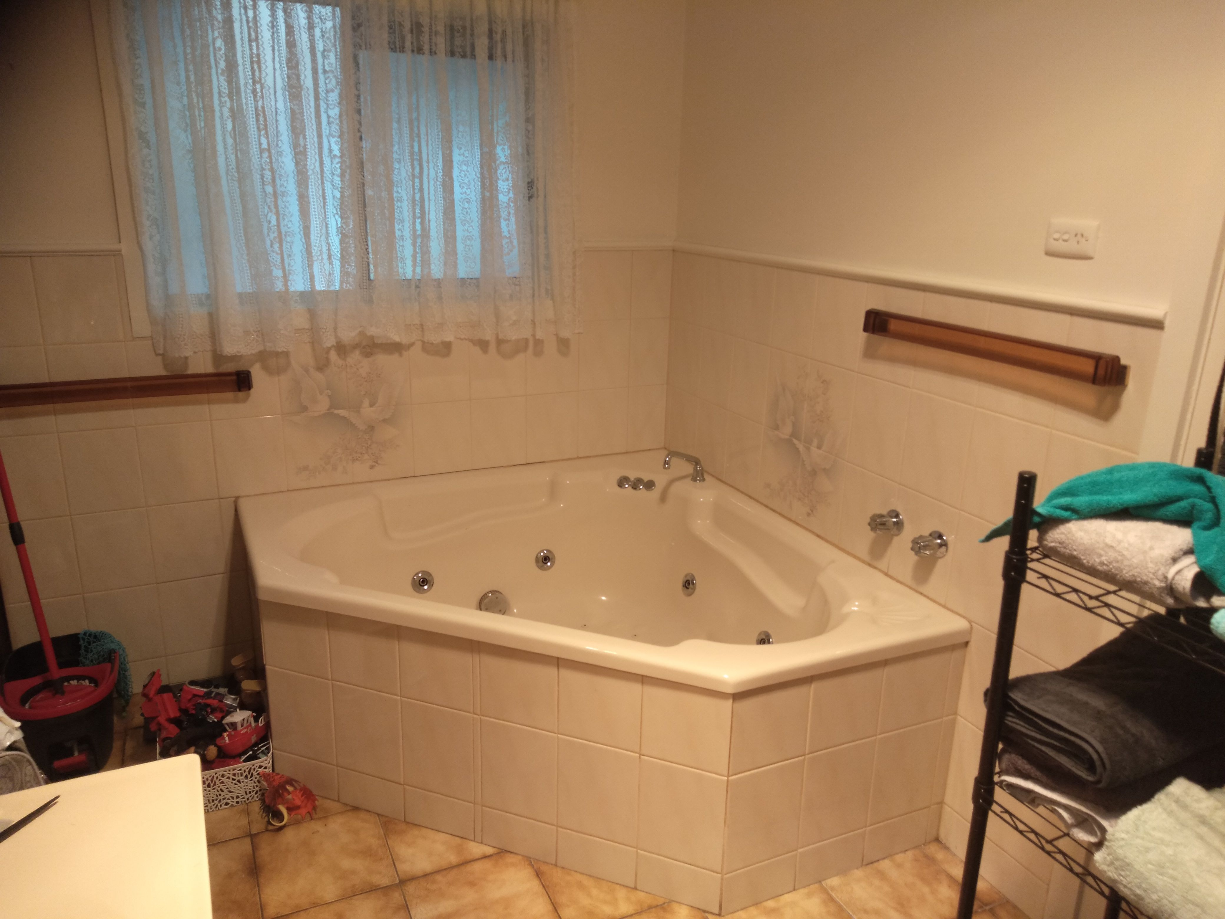 Bathroom tile paint | Bunnings Workshop Community