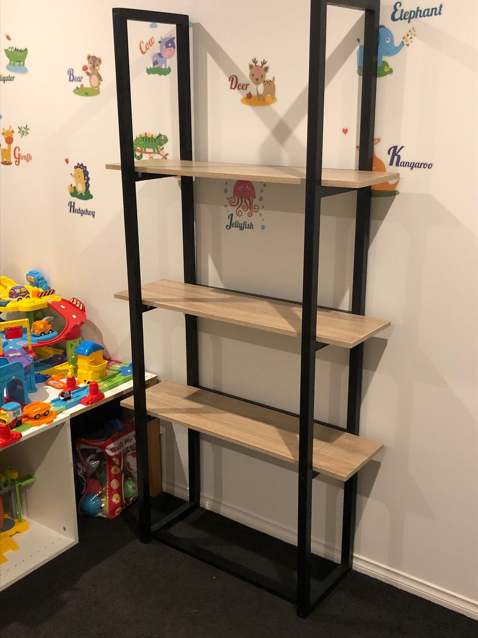 Super Narrow Bookshelf