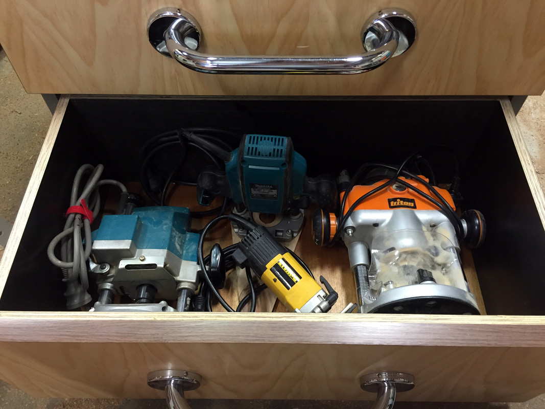 Router Cabinet Drawers 14.jpg