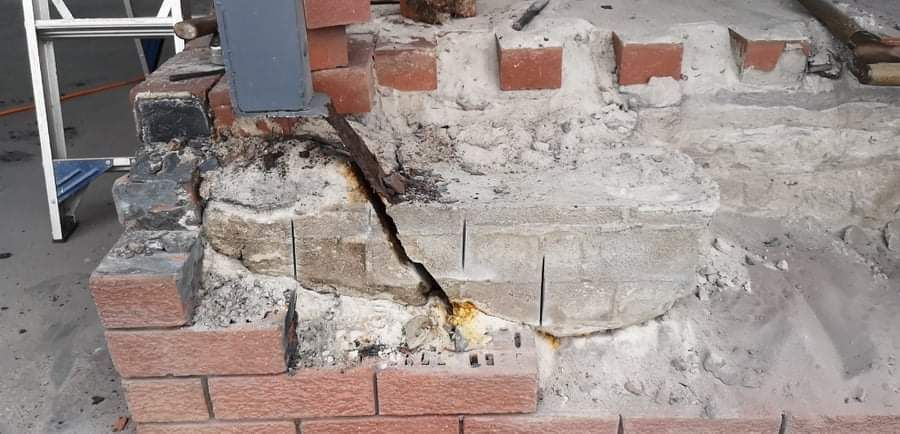 Cracked footing
