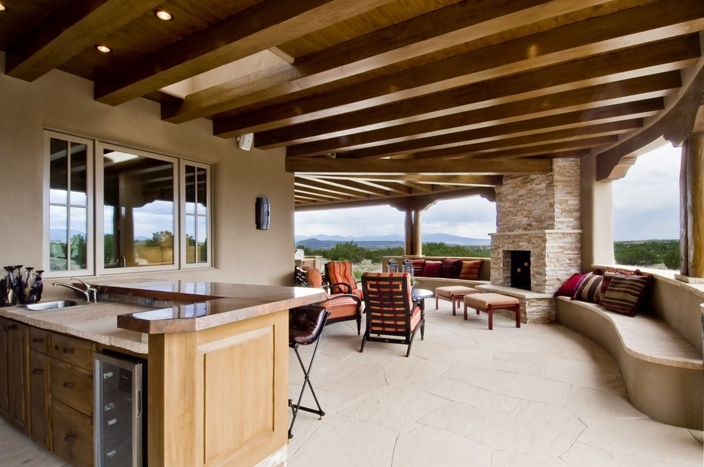 contemporary-patio-with-outdoor-kitchen.jpg