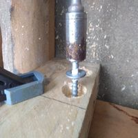 3.7 Fix upright posts into place..jpg