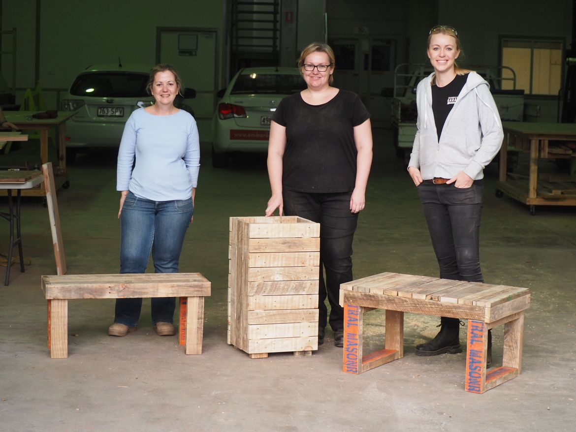 """She Skills """"Creating with Pallets"""""""