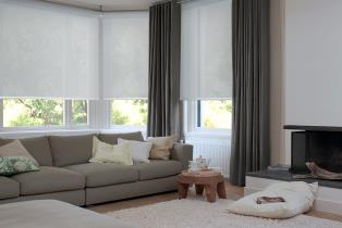 Roller+Blinds+Living+Room.jpg