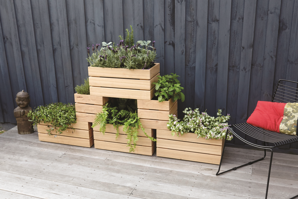 04_07_Stackable_Planters_24-1772x.jpg