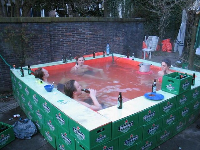 Cool-Makeshift-Pools-3.jpg