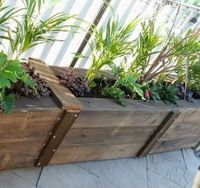 Pallet planter boxes by LePallet.JPG