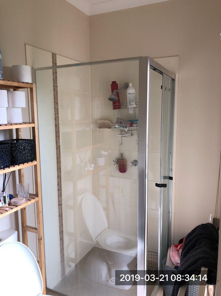 Bathroom 1 photo.jpeg